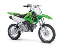 KLX110Lがカラー&グラフィック変更で2020年モデルに