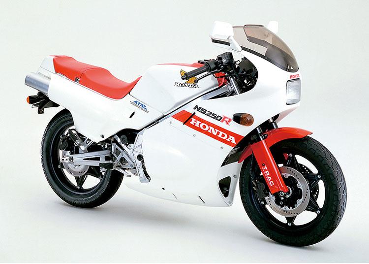 NS250R ガルホワイト×モンツァレッド