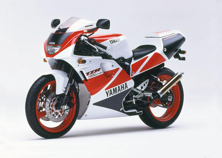 TZR250 SP シルキーホワイト×ビビッドレッドカクテル1