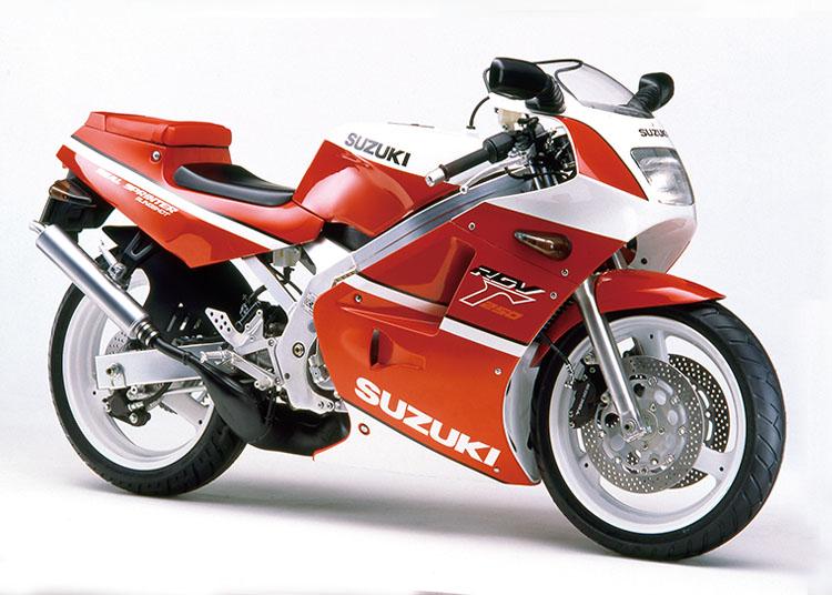RGV250Γ レッド・ホワイトツートン