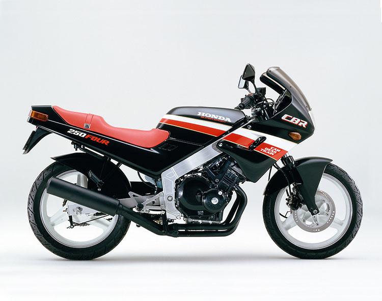 CBR250FOUR(MC14) ブラック