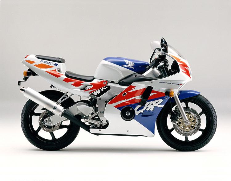 CBR250RR(MC22) パールクリスタルホワイト×ディオニサスブルー