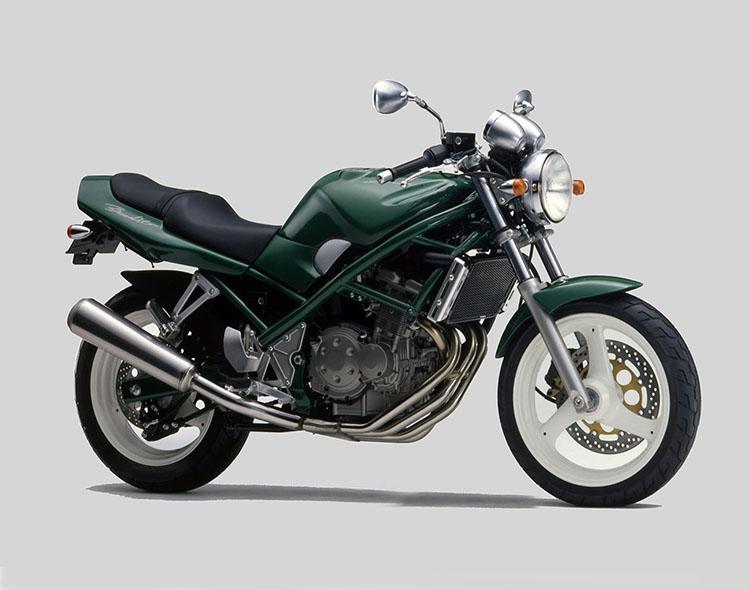 Bandit250(GJ74A)  イタリアーノグリーン