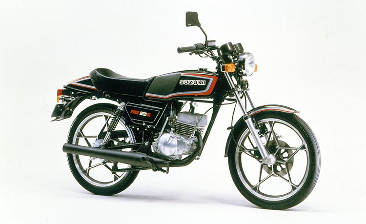 1982年3月 RG50E パールブラック