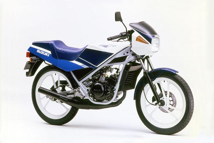 1988年5月 RG50Γ ブルー×ホワイト