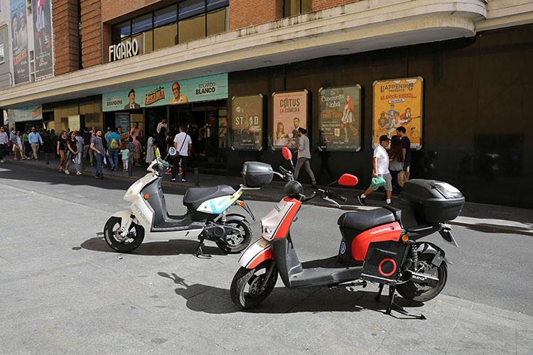 電動レンタルスクーター