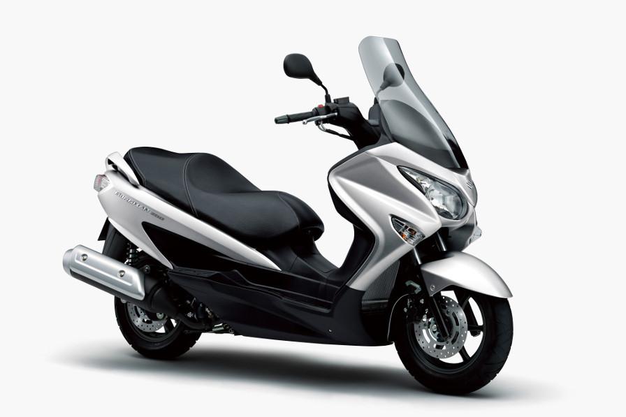 快適性と機能性を追求した軽二スクーター、バーグマン200がカラーチェンジ