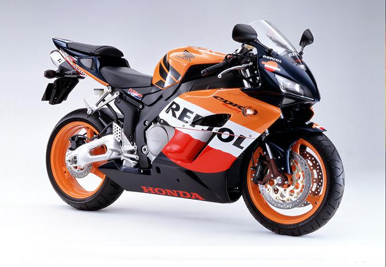 2004 CBR900RR