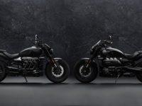 トライアンフが新型ROCKET 3 R BLACKとROCKET 3 GT TRIPLE BLACK LIMITED EDITIONを発表