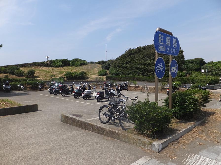 江の島水族館そばの無料駐輪場